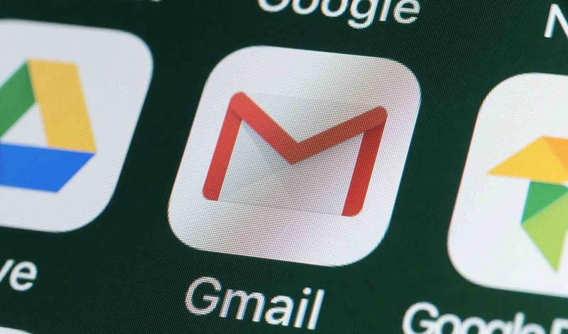 Dùng các công cụ khác như Gmail, Google Drive,... để gửi video